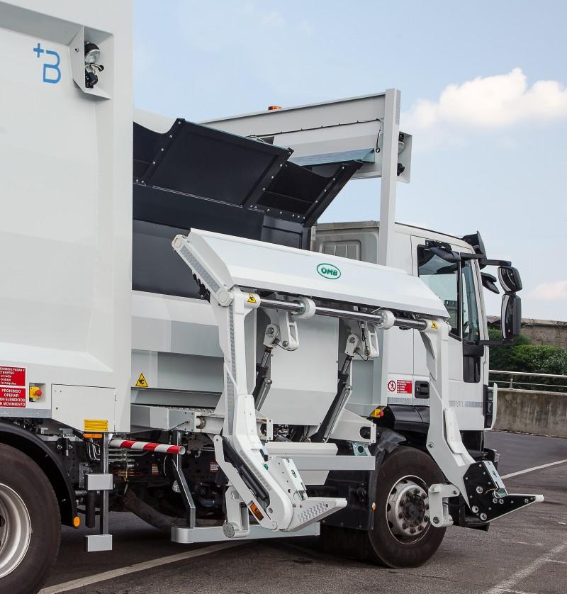 Side loader compactor Heavy - CMPL7ETSA