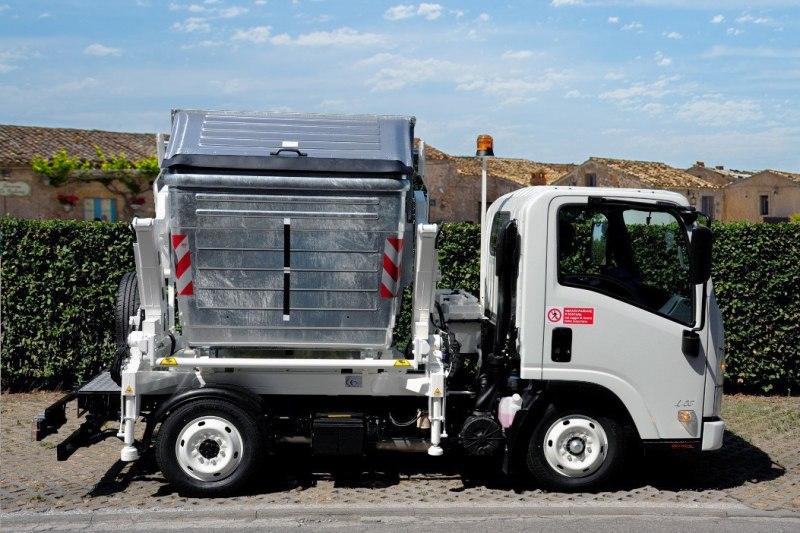 Handling container equipment BM2
